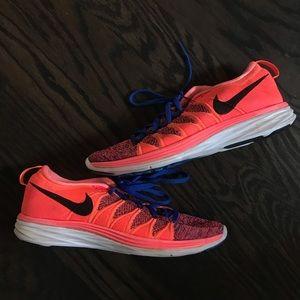 NWT Nike Flyknit Lunar 2
